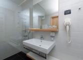 amarin premium WC